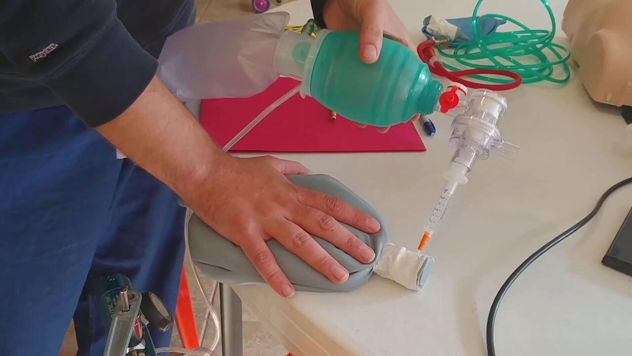 Дыхательный мешок или Мешок Амбу – что нужно знать?