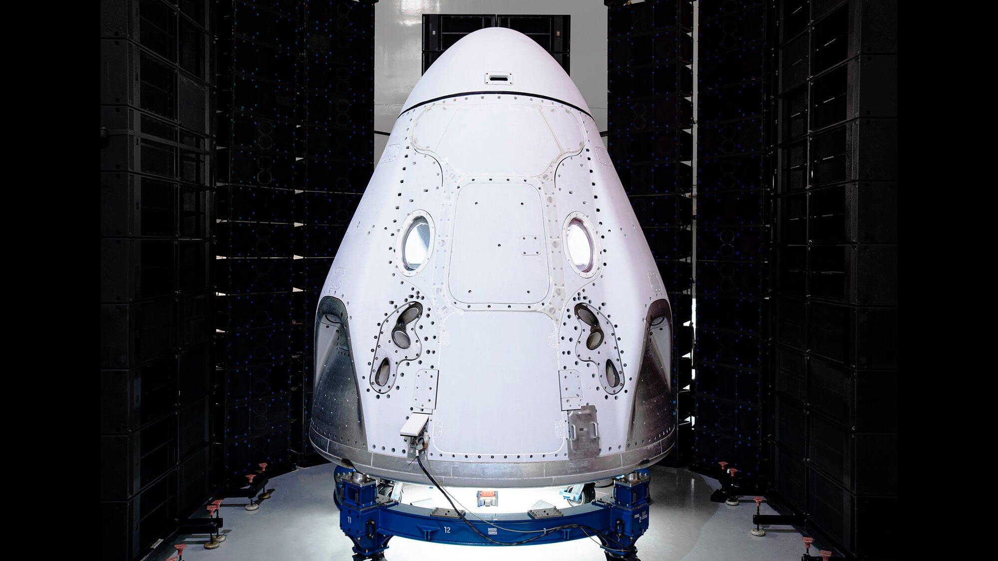 SpaceX может повторно использовать Falcon 9 и Crew Dragon для доставки людей на МКС