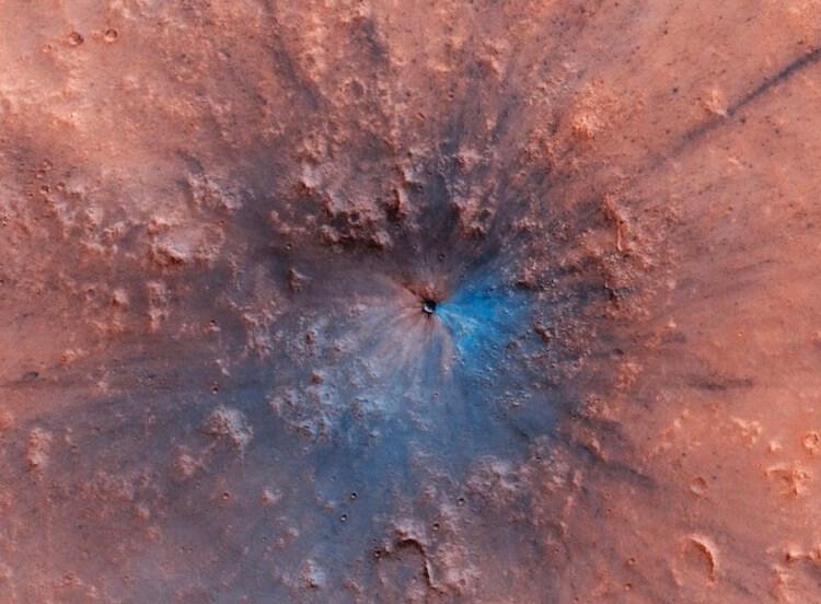 Самые необычные природные явления на Марсе