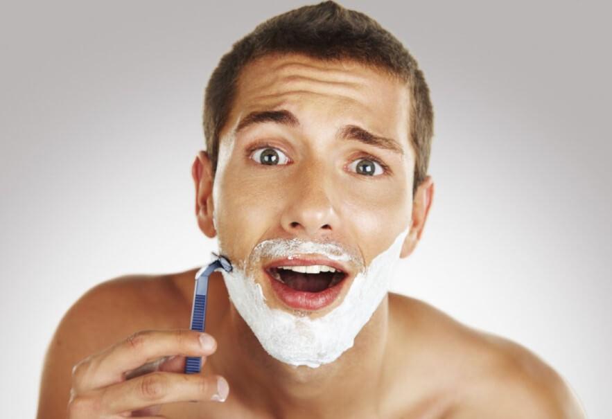 Почему лезвие бритвы тупеет из-за мягких волос?