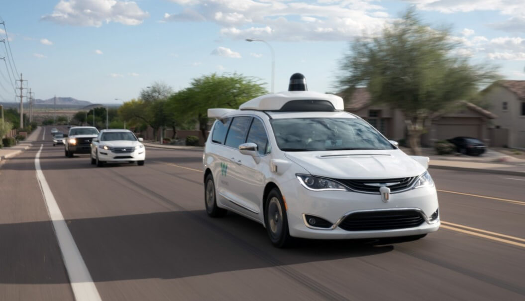 Как выглядит поездка внутри автономного такси Waymo?