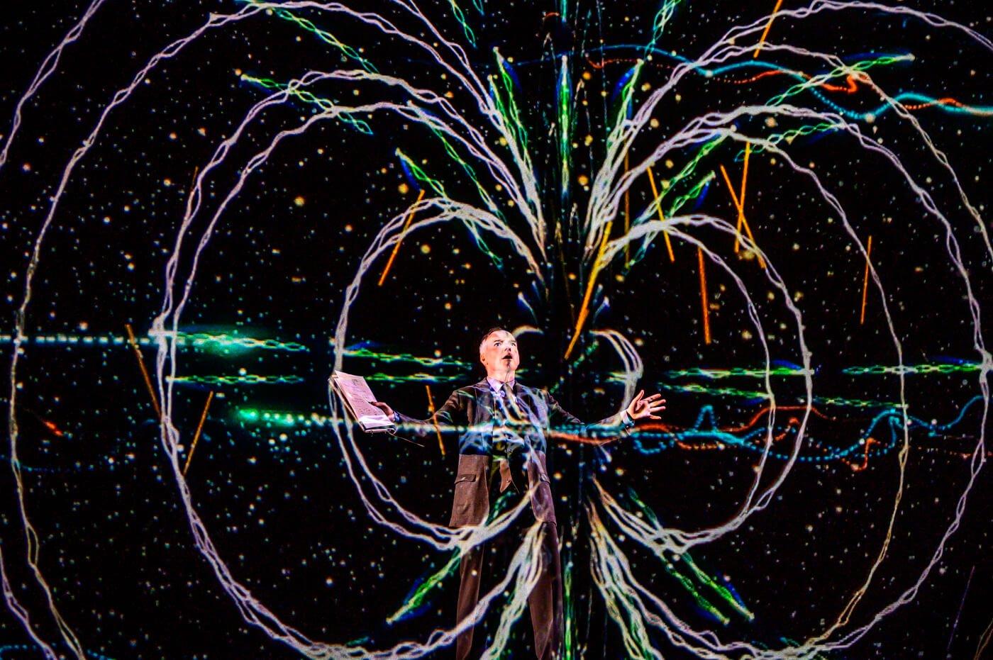 Может ли квантовая механика объяснить существование пространства-времени?