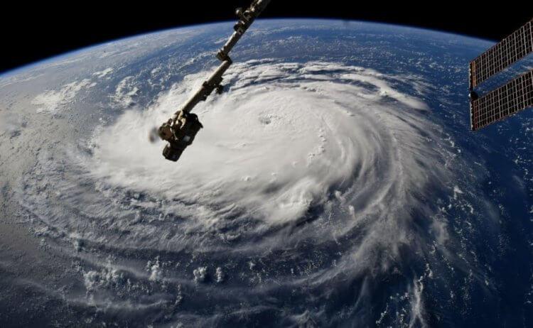 На границе Земли и космоса произошел ураган. Это совершенно новое явление