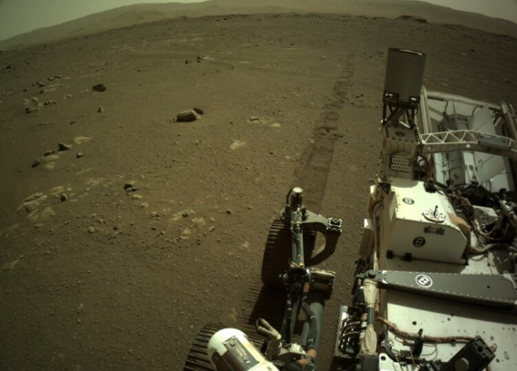 Марсоход Perseverance записал звуки скрежета. Неужели он сломался?