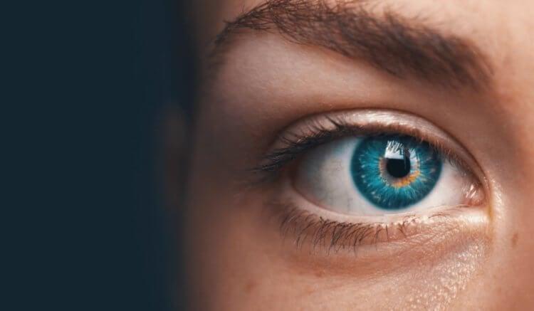 Что можно узнать о человеке по движениям его глаз?