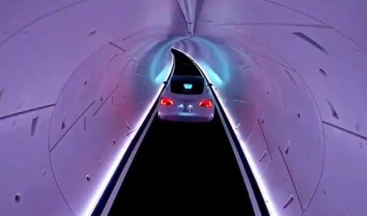 Илон Маск продемонстрировал тоннель The Boring Company. Почему люди так недовольны?