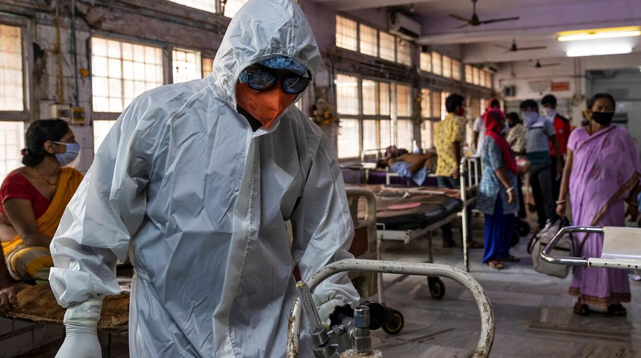 Насколько опасен новый штамм коронавируса Дельта Плюс?