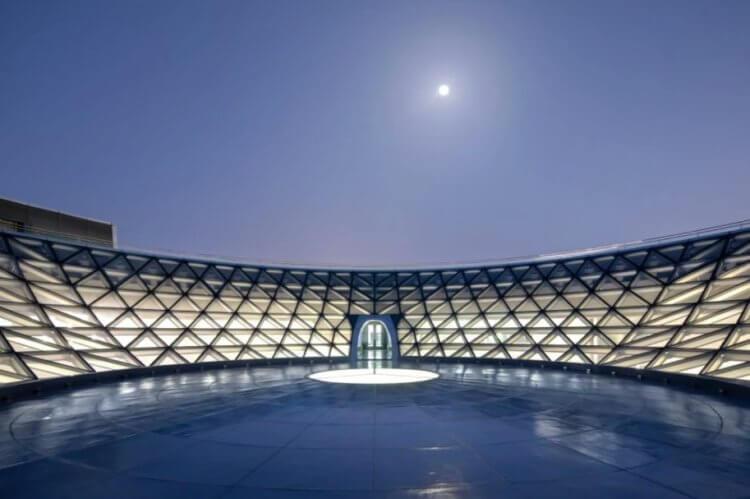 В Китае начал работать самый большой планетарий в мире