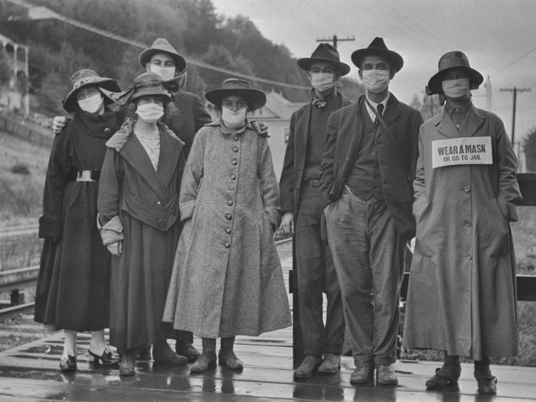 Фото сделано во время пандемии испанского гриппа 100 лет назад.