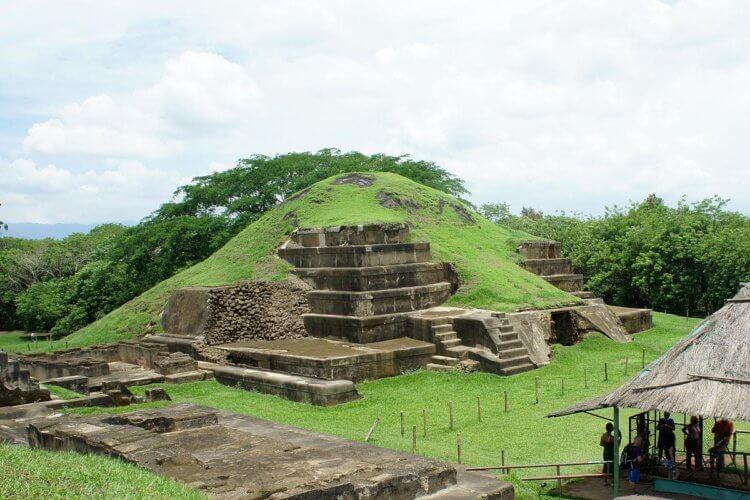 Извержение вулкана не уничтожило цивилизацию Майя