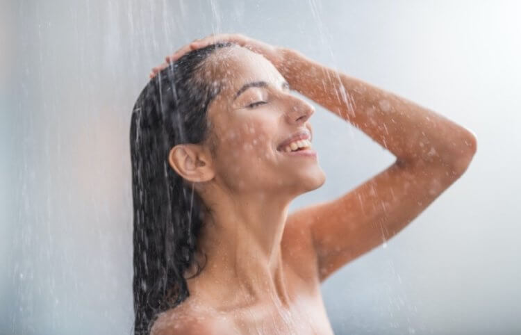 Холодный душ полезен для здоровья: правда или ложь?