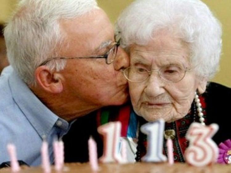 Продолжительность жизни человека по мнению ученых не имеет предела