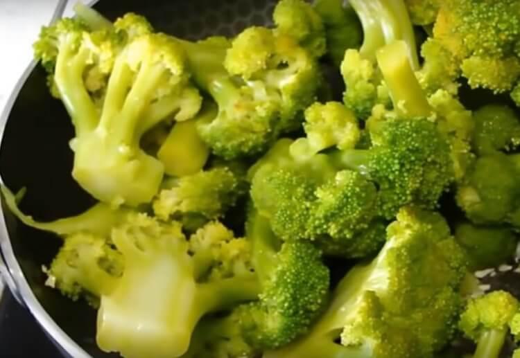 Бактерии во рту могут вызывать отвращение к брокколи