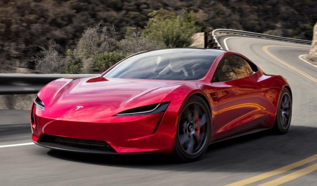 Илон Маск перенес продажи самого быстрого Tesla Roadster на 2023 год