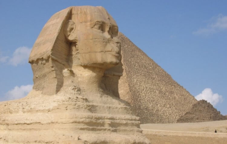 Выставленные на аукцион статуи оказались 5000-летними артефактами Древнего Египта