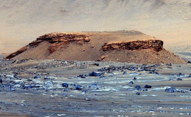 Сомнений все меньше: марсианский кратер Езеро может быть древним озером